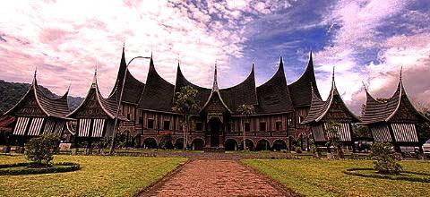 Tempat Wisata Menarik di Padang
